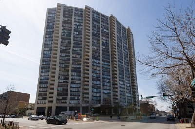Condo/Townhouse For Sale: 3930 North Pine Grove Avenue #1514
