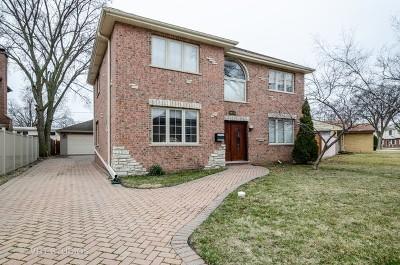 Morton Grove Single Family Home For Sale: 9040 Oconto Avenue