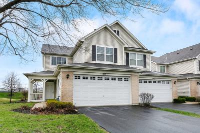 Oswego Condo/Townhouse For Sale: 493 Dancer Lane