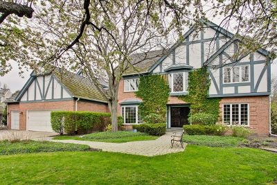 Lake Forest Single Family Home For Sale: 382 South Basswood Road