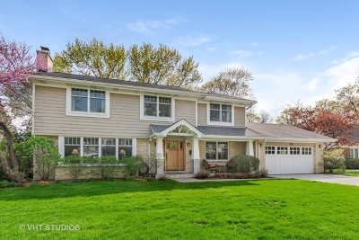 Glenview Single Family Home For Sale: 1420 Blackthorn Drive