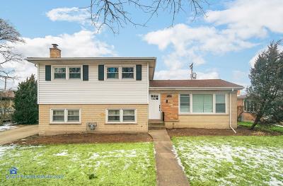 Wilmette Single Family Home For Sale: 830 Lacrosse Avenue