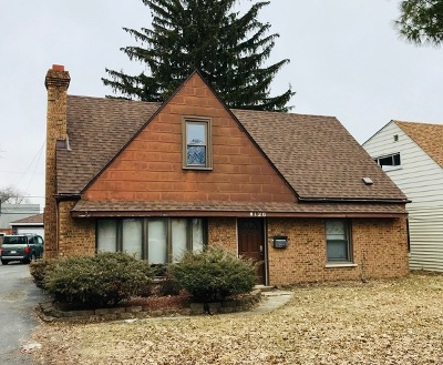 Oak Lawn Single Family Home Contingent: 4120 West 100th Street