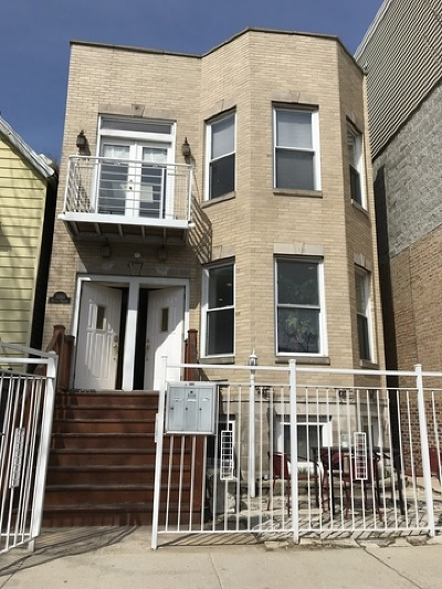 Chicago Multi Family Home Re-Activated: 2050 West Roscoe Street