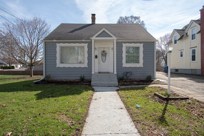 Dekalb Single Family Home For Sale: 726 North 12th Street
