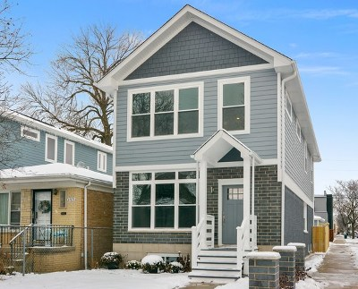 Single Family Home For Sale: 3701 North Albany Avenue