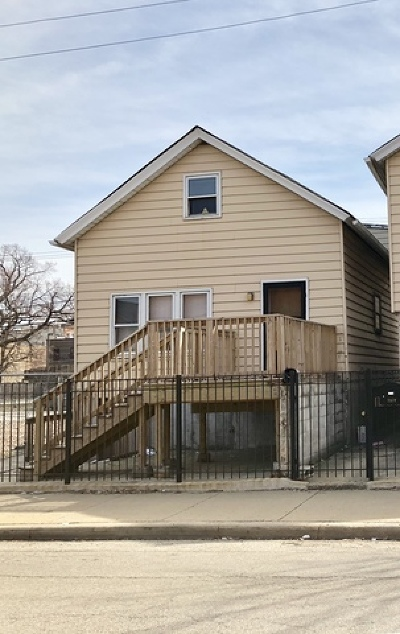 Single Family Home For Sale: 1933 West Grand Avenue