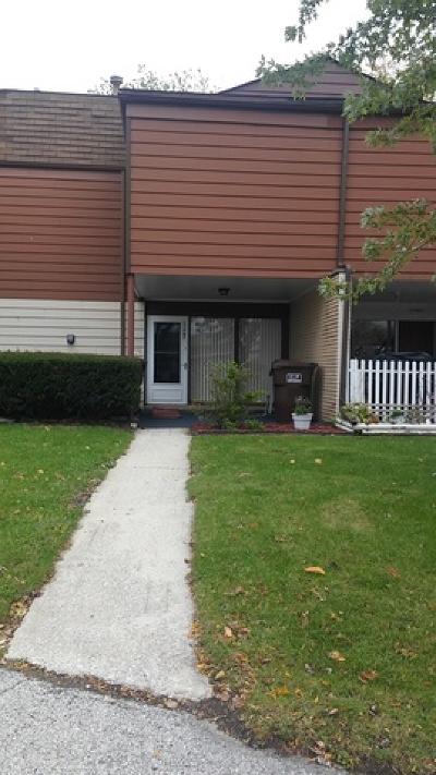 Oak Forest, Orland Hills, Orland Park, Palos Heights, Palos Hills, Palos Park, Tinley Park Rental For Rent: 15907 Debra Drive