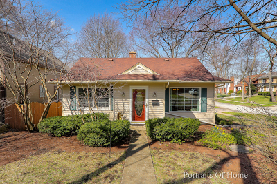 Downers Grove Single Family Home For Sale: 5630 Hillcrest Road