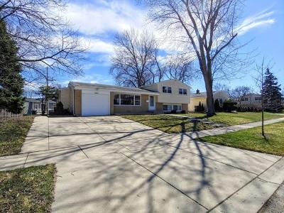 Arlington Heights Single Family Home For Sale: 2315 North Huron Street