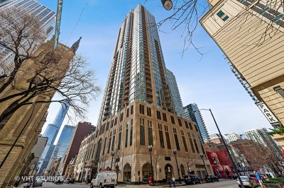 Condo/Townhouse For Sale: 21 East Huron Street #2905