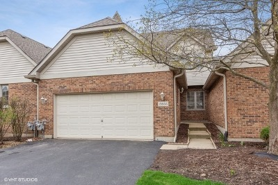 Lemont Condo/Townhouse For Sale: 13866 Steeples Road