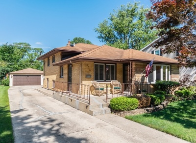 Elmhurst Single Family Home For Sale: 850 South Saylor Avenue
