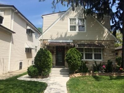Morton Grove Multi Family Home For Sale: 8709 Callie Avenue