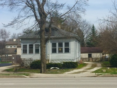 Westmont Single Family Home For Sale: 505 South Cass Avenue