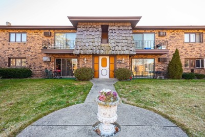 Crestwood Condo/Townhouse For Sale: 5739 129th Street #1A