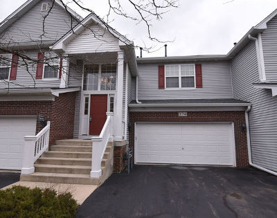 North Aurora Condo/Townhouse For Sale: 374 Ridge Road