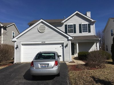 Aurora Single Family Home For Sale: 1030 Shoreline Drive