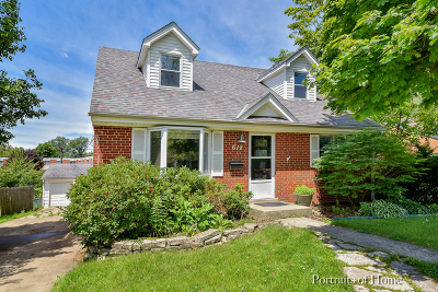 Single Family Home For Sale: 618 Webster Avenue