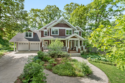 Downers Grove Single Family Home For Sale: 1245 Hawthorne Lane