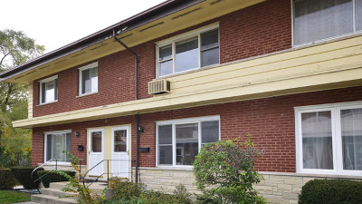 Skokie Condo/Townhouse For Sale: 9026 Niles Center Road