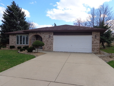 Orland Park Single Family Home For Sale: 7631 West 157th Place