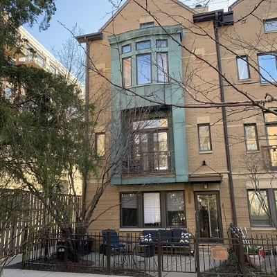 Condo/Townhouse For Sale: 22 South Throop Parkway
