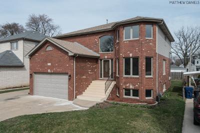 Oak Lawn Single Family Home For Sale: 9621 Merton Avenue