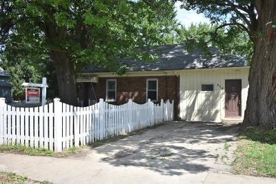 Elgin Single Family Home For Sale: 658 Algona Avenue