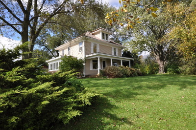 Marengo Single Family Home For Sale: 815 Busse Road