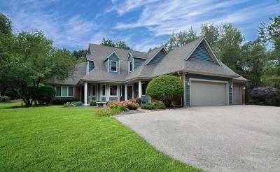 Barrington Single Family Home For Sale: 10 Autumn Trail