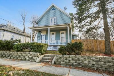 Elgin Single Family Home New: 267 Summit Street