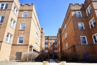Condo/Townhouse For Sale: 4421 North Whipple Street #3B