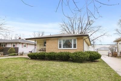 Lansing Single Family Home For Sale: 17026 Community Street