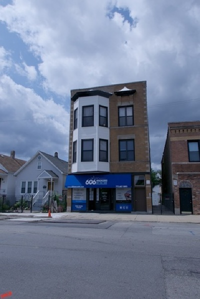 Condo/Townhouse For Sale: 2704 North California Avenue #3F