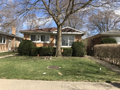 Skokie Single Family Home For Sale: 9335 Lockwood Avenue