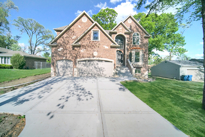 Palos Hills Single Family Home For Sale: 10241 South 86th Court