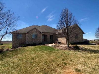 Ogle County Single Family Home For Sale: 6835 Baler Lane