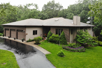 Ogle County Single Family Home For Sale: 312 Wild Cherry Drive