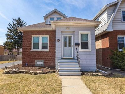 Brookfield Single Family Home For Sale: 3124 Elm Avenue