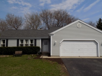 Marengo Single Family Home For Sale: 853 Walnut Court