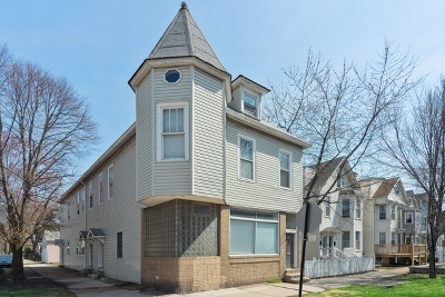 Multi Family Home New: 3059 North Leavitt Street