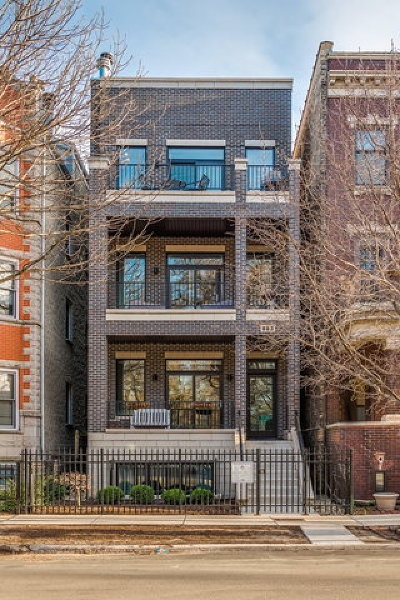 Condo/Townhouse For Sale: 863 West Wrightwood Avenue #3