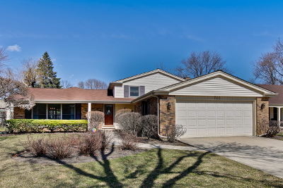 Arlington Heights Single Family Home New: 702 East Burr Oak Drive