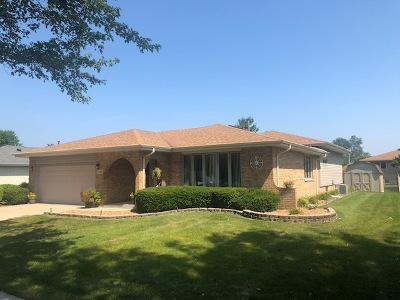 Orland Park Single Family Home For Sale: 7624 West 157th Place