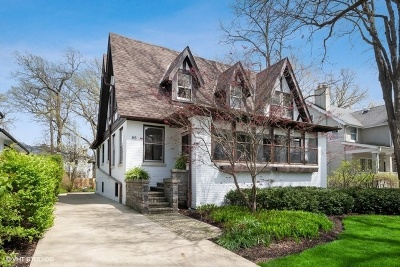 Winnetka Single Family Home For Sale: 85 Abbotsford Road