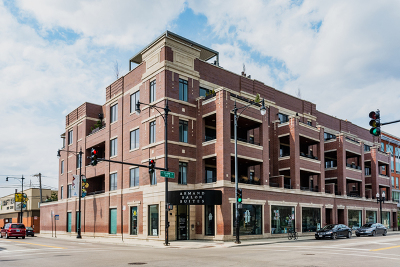 Condo/Townhouse For Sale: 4806 North Clark Street #203