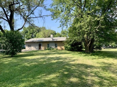 Aurora Single Family Home For Sale: 32w526 Forest Drive