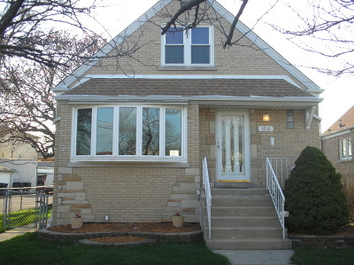 Chicago Single Family Home New: 3216 North Pioneer Avenue