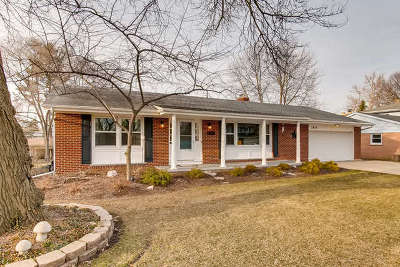 Elgin IL Single Family Home New: $242,500